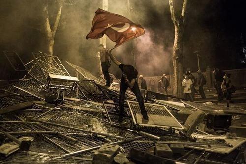 proteste in turchia immagini